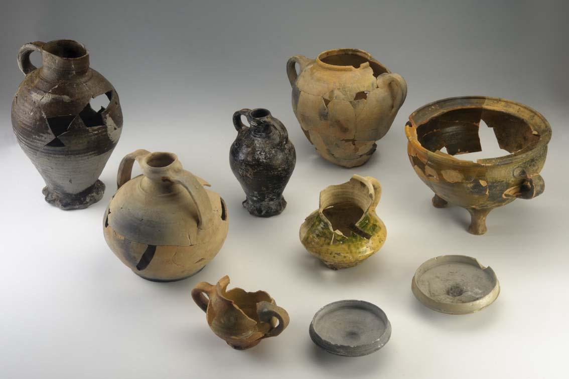 Sélection de céramiques de Poilvache (photo: R. Gilles © SPW-AWaP)
